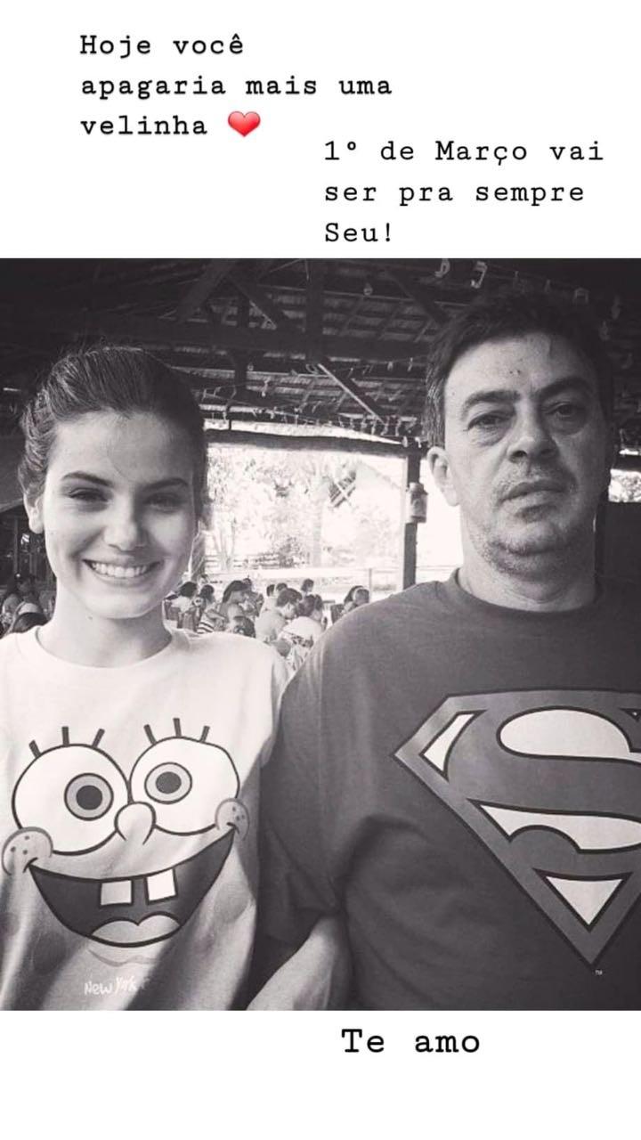 Camila Queiroz deseja parabéns para o pai (Foto: Reprodução/Instagram)