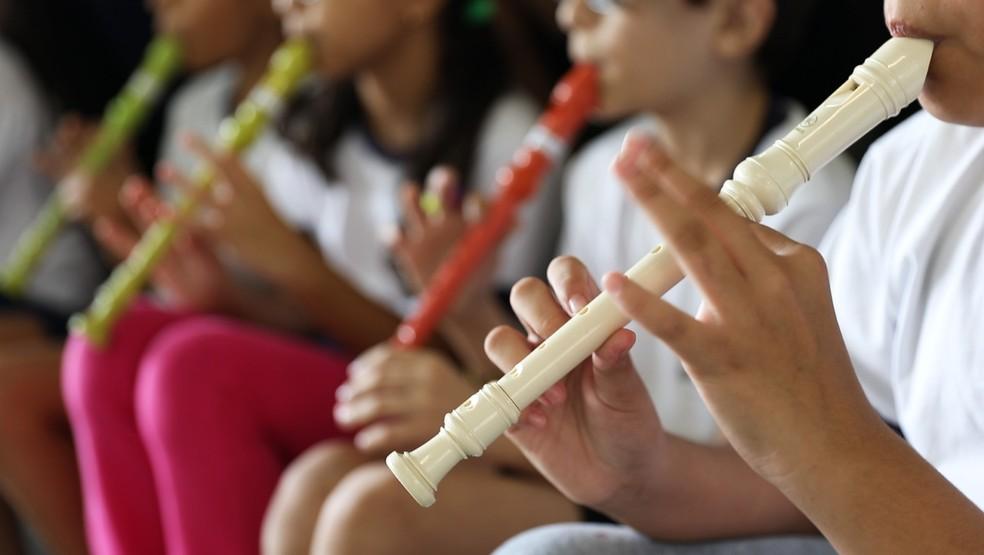 Professora utilizava flautas para ensinar matemática em escola pública de São Paulo — Foto: Fábio Tito/G1