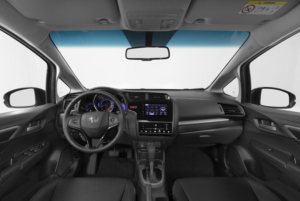 Interior do WR-V passou apenas por mudança nos materiais utilizados, sem alterações de desenho. — Foto: Divulgação/Honda