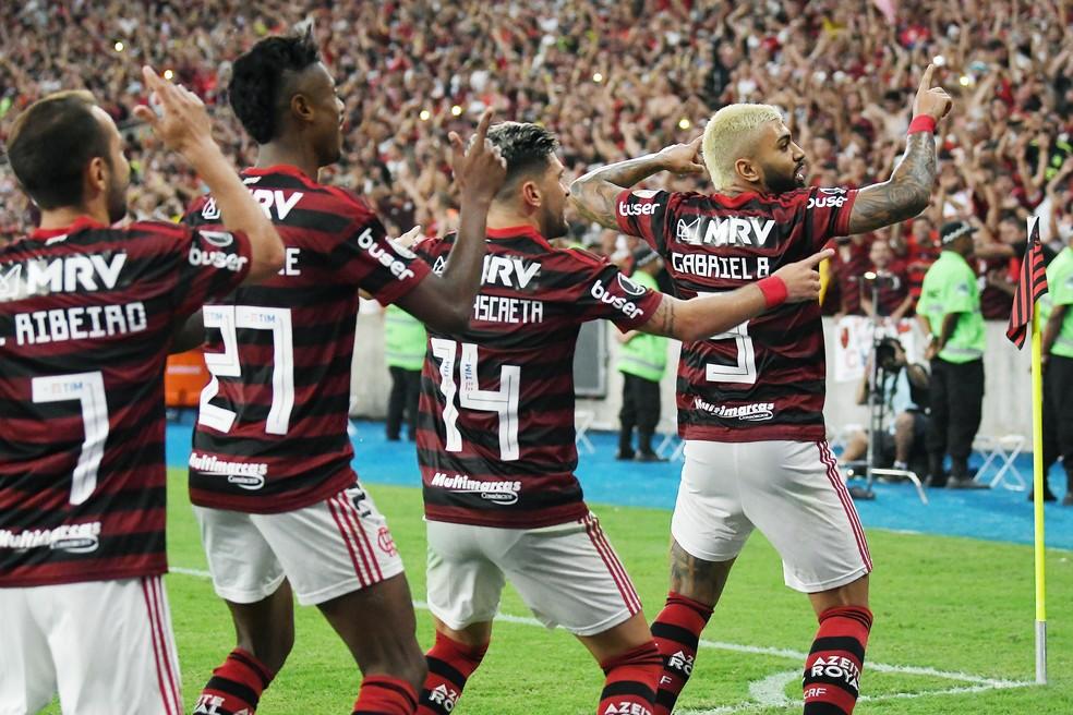 Quarteto ofensivo do Flamengo em ação novamente — Foto: André Durão / GloboEsporte.com