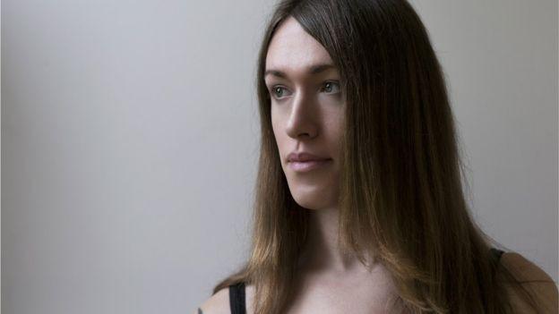 Transgêneros são menos de 1% da população e estão presentes em 'todas as culturas', diz psiquiatra (Foto: Getty Images via BBC News Brasil)
