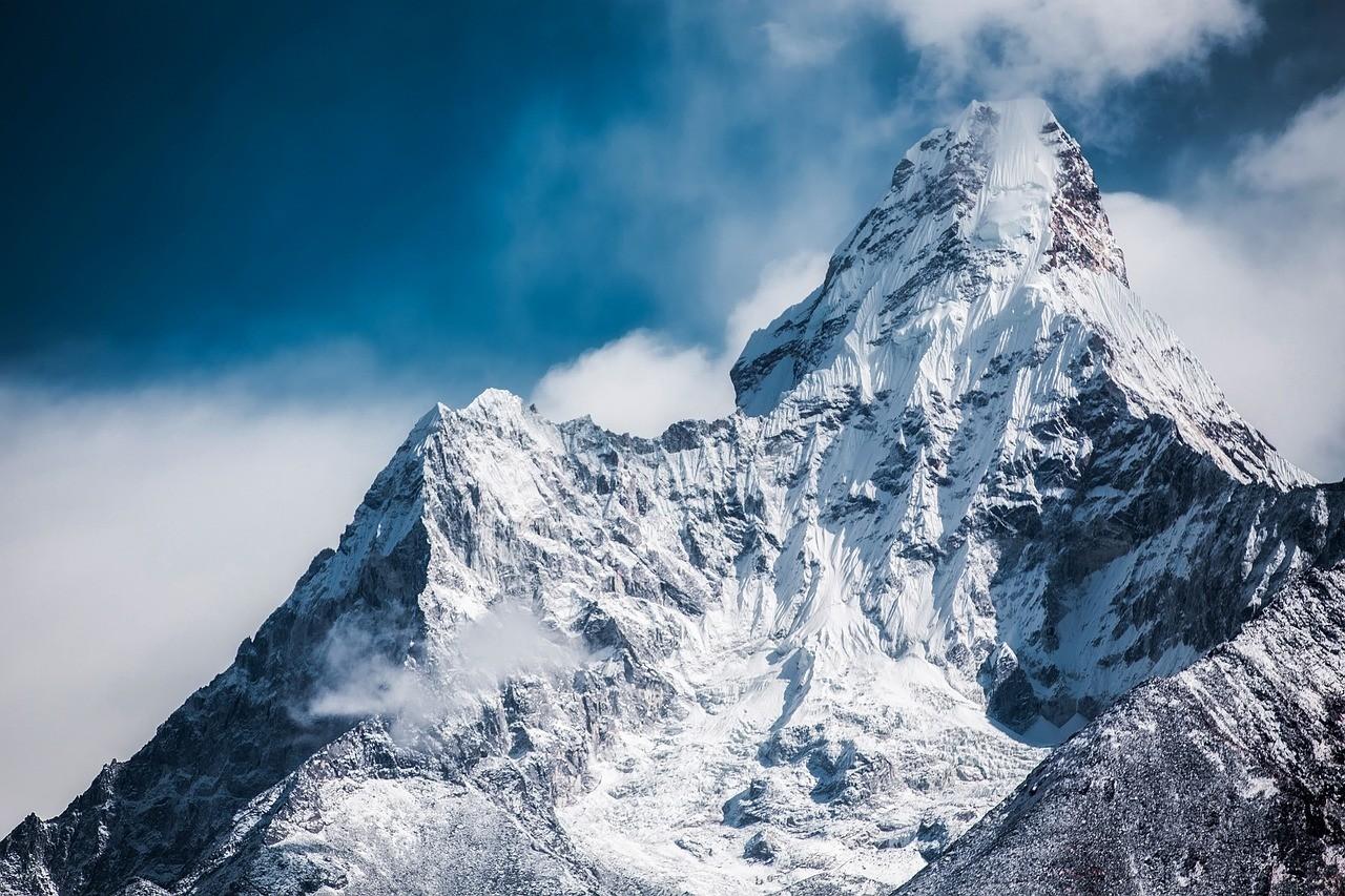 Relatório mostra efeitos preocupantes do aquecimento global e da emissão de carbono nas geleiras (Foto: Pixabay)