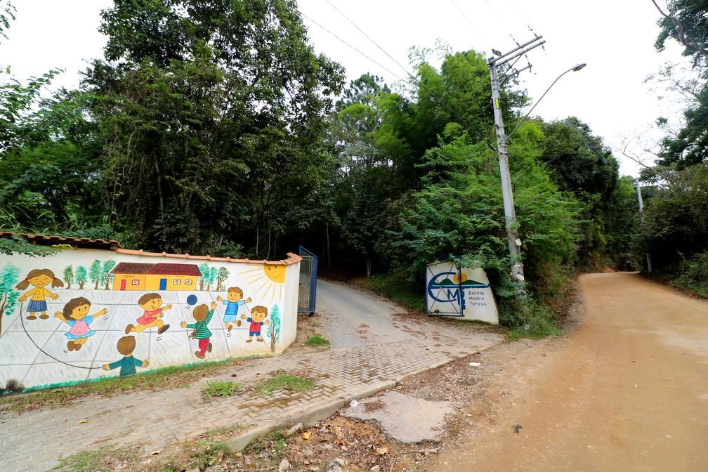 Escola Madre Teresa, no bairro Jaguari, em São José dos Campos — Foto: Danilo Sardinha/G1
