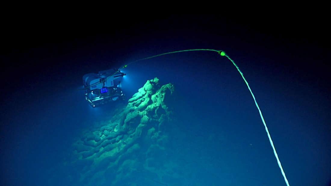 Veículo utilizado para analisar as profundezas do oceano  (Foto: Bill Chadwick/NOAA/Pacifi Marine Laboratory)