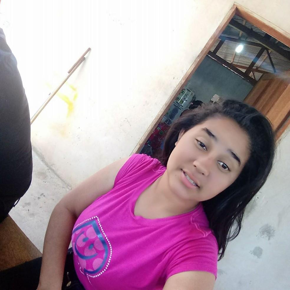 Luciana Ferreira da Silva, de 18 anos, morreu com suspeita de dengue hemorrágica em Sinop — Foto: Facebook/Reprodução