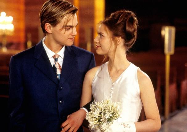 Leonardo DiCaprio e Claire Danes em Romeu + Julieta (1996) (Foto: Alamy )