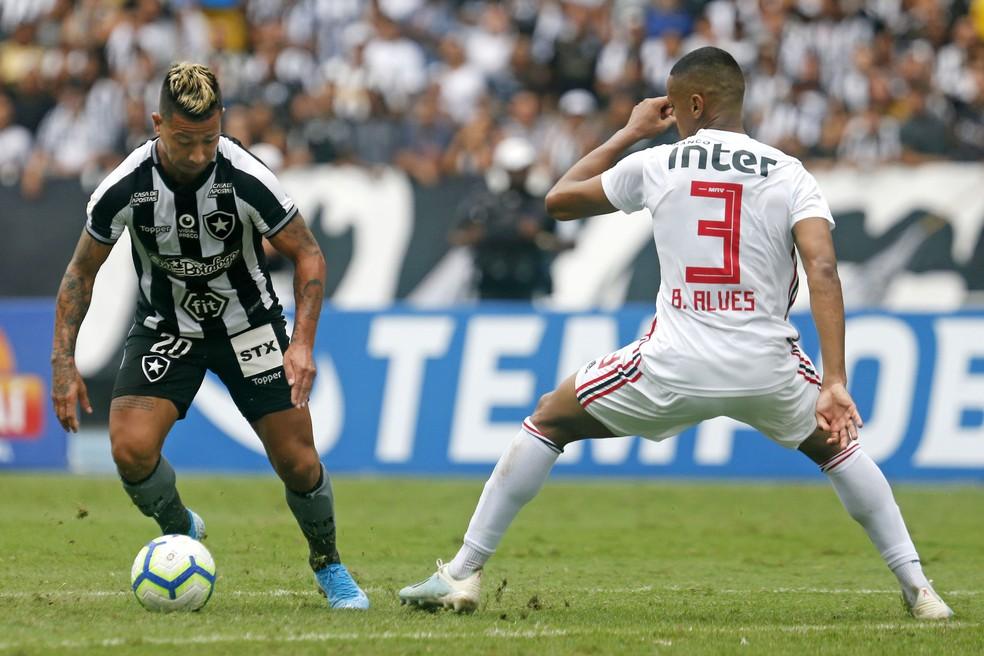 Valencia deve ser titular contra o CSA — Foto: Vitor Silva/Botafogo