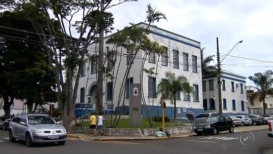 Denúncia de fraude faz prefeitura reduzir reembolso do auxílio-transporte em São Manuel