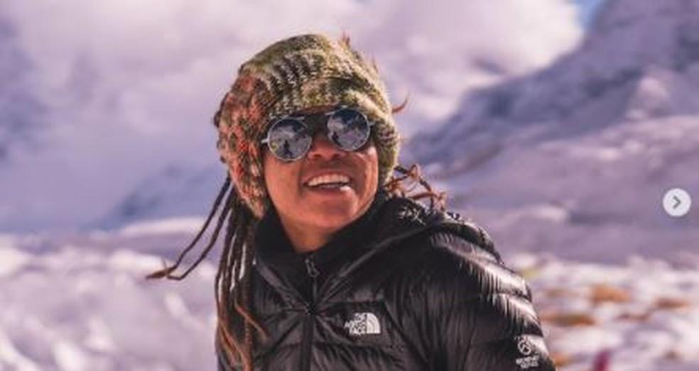 Aretha Duarte, montanhista e primeira mulher negra e latina e chegar ao pico do Everest — Foto: Instagram /Arquivo pessoal