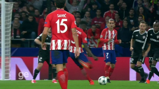 Bruno César marca, mas Higuaín garante empate para Juve com Sporting em Lisboa