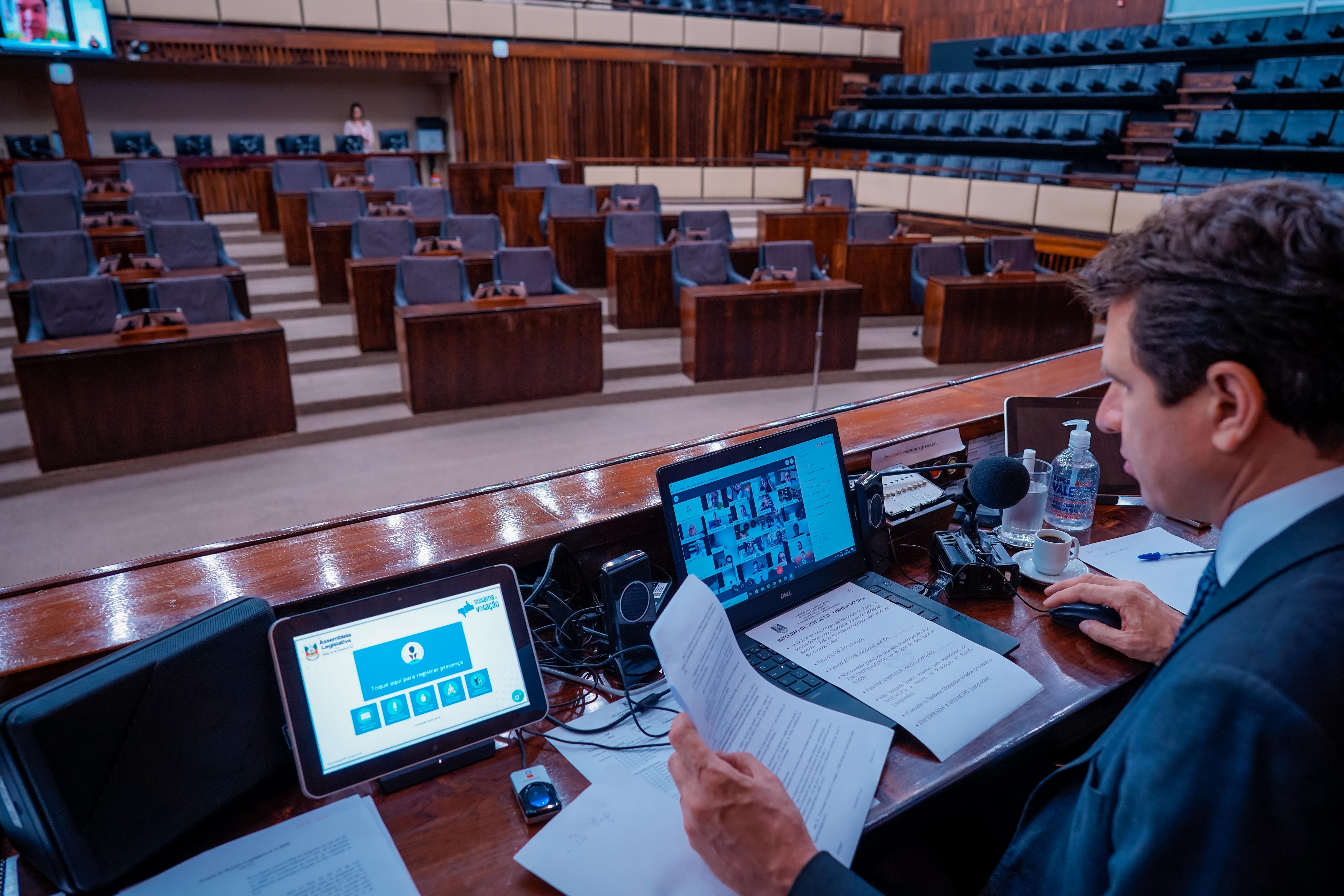 Assembleia Legislativa aprova estado de calamidade pública em 157 municípios do RS