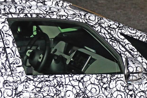 Além da central de nova geração, o Honda Fit tem um painel digital (Foto: Stefan Baldauf/SB-MEDIEN)