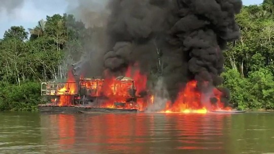 Força-tarefa destrói 60 garimpos ilegais no Amazonas