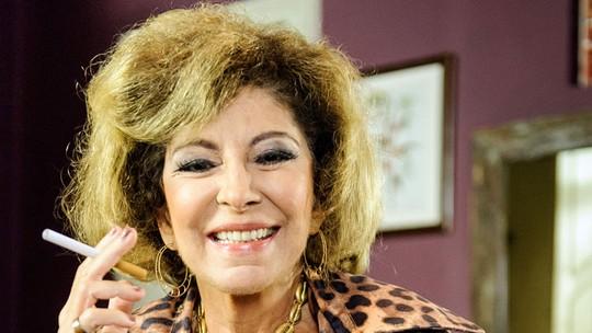 Elenco de 'Pé na Cova' exalta Marília Pêra e relembra momentos com a atriz