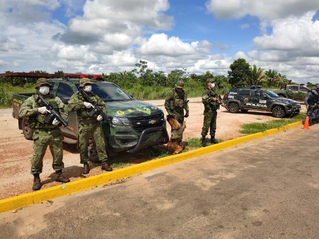 Cinco suspeitos de tráfico morrem em confronto com policiais do Gefron e 170 kg de cocaína são apreendidos em MT