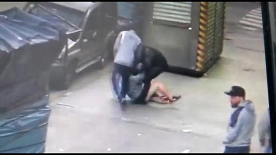 Comerciante é agredido em plena luz do dia em roubo em SP