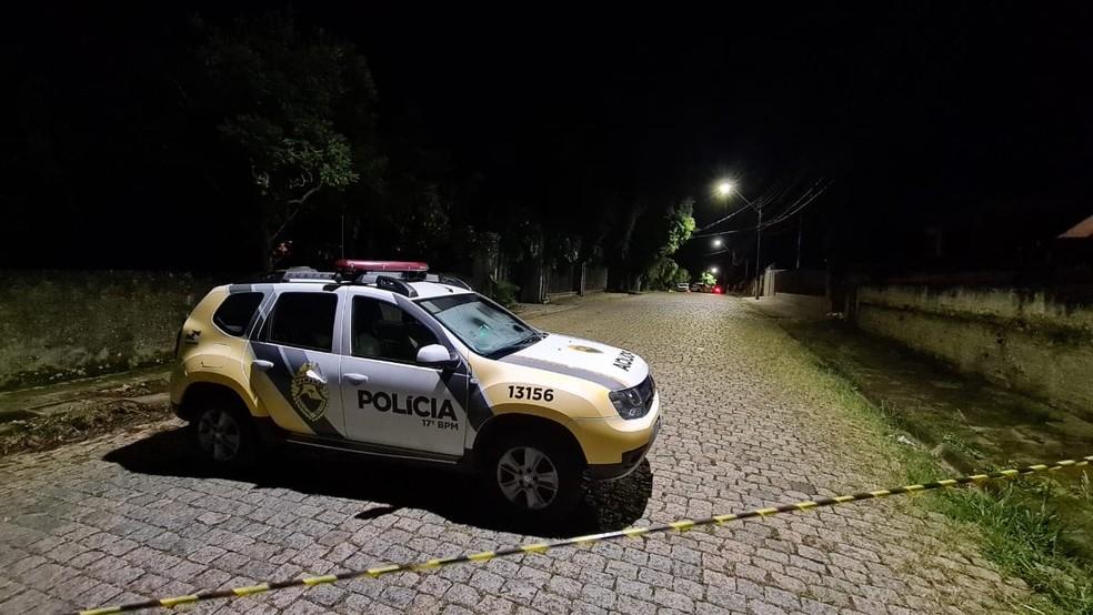 Policial foi morto pelo colega depois de um desentendimento, segundo a PM  — Foto: Anderson Grossl/RPC