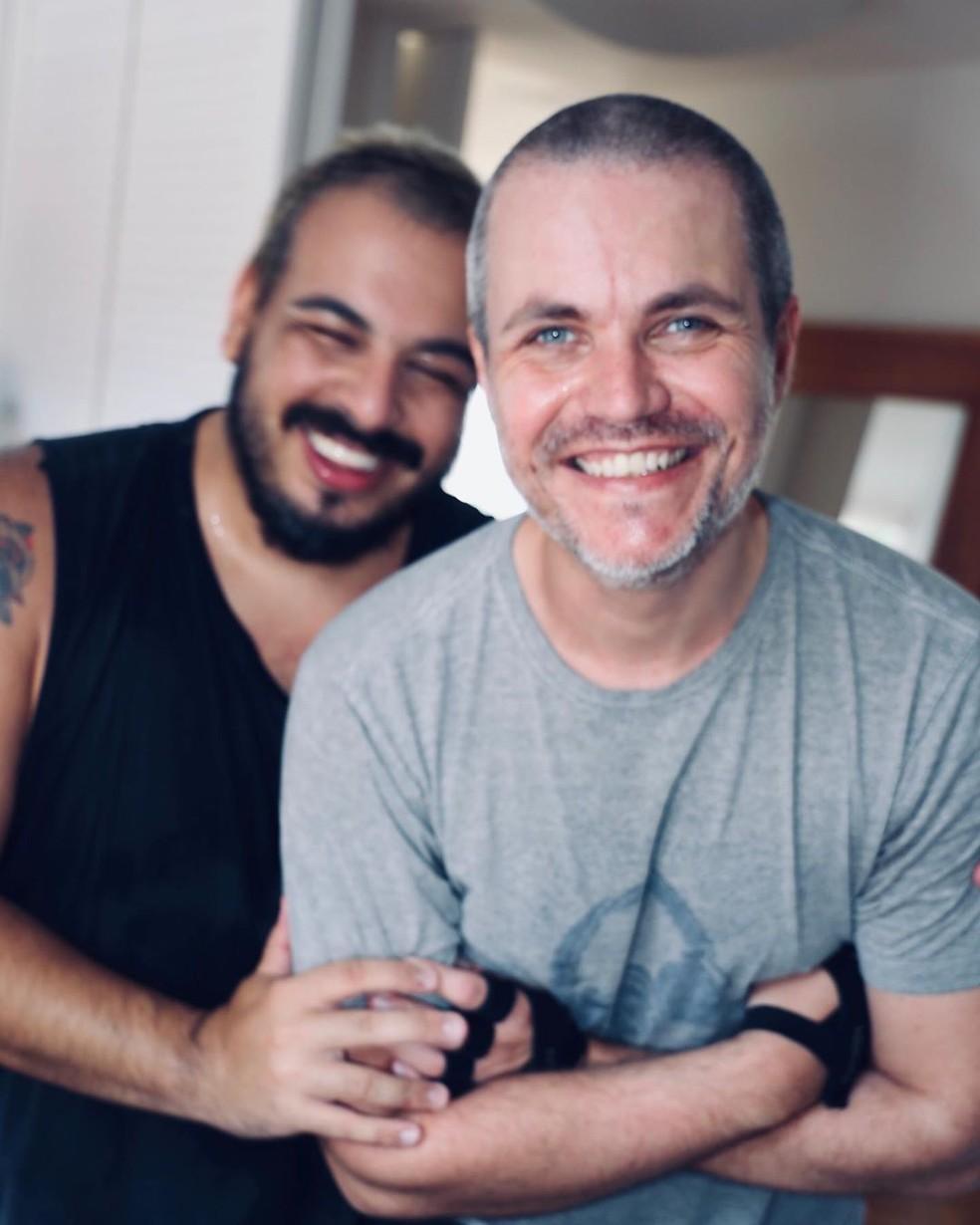 Luis Lobianco comemora 8 anos com o marido, Lúcio Zandonadi  — Foto: Reprodução/Instagram