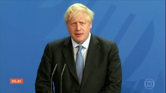 Primeiro-ministro britânico tenta fazer a União Europeia retomar as negociações do Brexit
