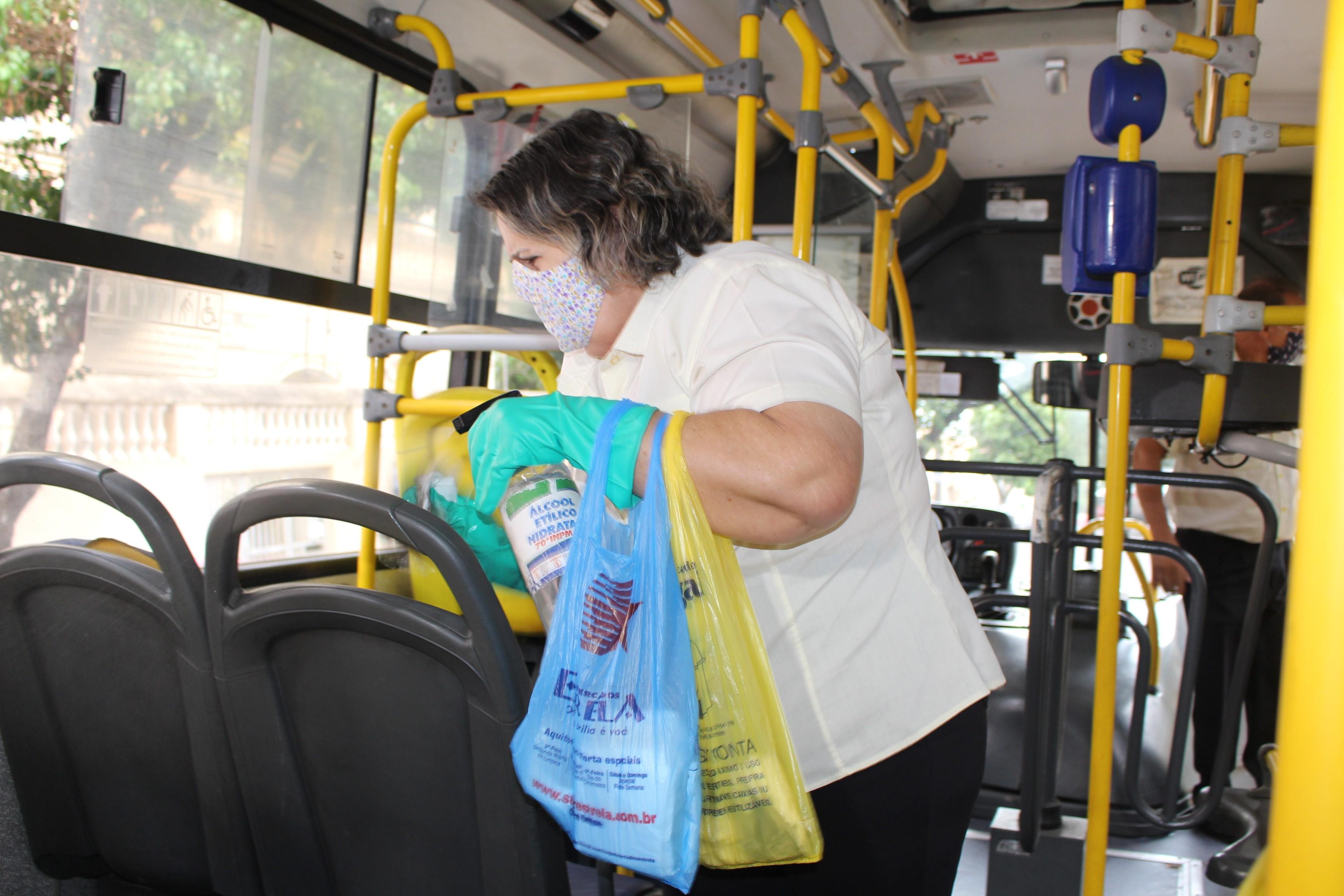 Transporte coletivo utiliza 3 pontos para higienização da frota de ônibus em circulação em Presidente Prudente