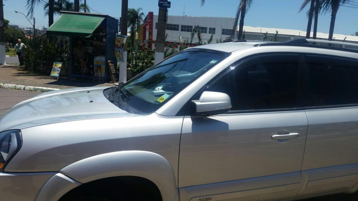 Jovem é preso após atirar em carro durante tentativa de assalto em Campinas