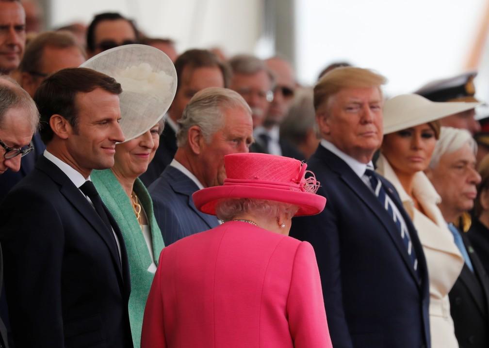 Rainha Elizabeth II chega ao evento de comemoração dos 75 anos do Dia D nesta quarta-feira (5) em Portsmouth, na Inglaterra. — Foto: Carlos Barria/Reuters