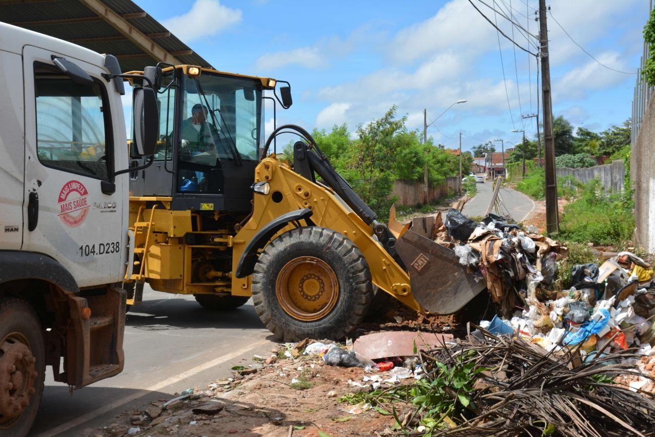 Mais de 30 mil toneladas de lixo na rua já foram recolhidas este ano em São Luís, diz Comitê de Limpeza