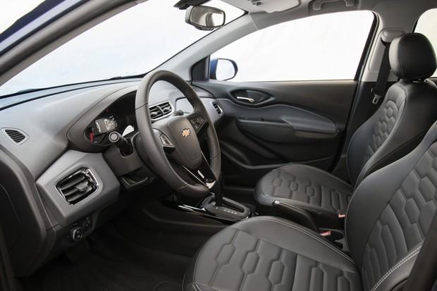 Interior do Chevrolet Onix LTZ 2019 (Foto: Divulgação)
