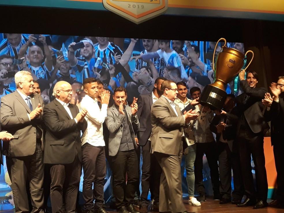 Bicampeão, Grêmio domina a seleção do Gauchão com seis nomes — Foto: Beto Azambuja