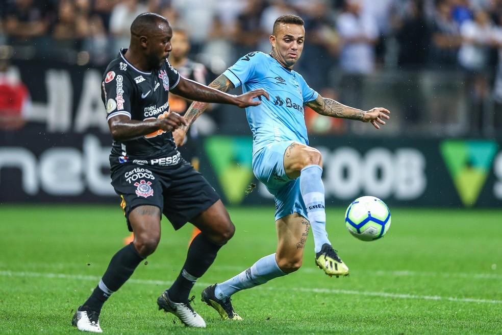 Luan teve atuação discreta contra o Corinthians — Foto: Lucas Uebel/Grêmio/Divulgação