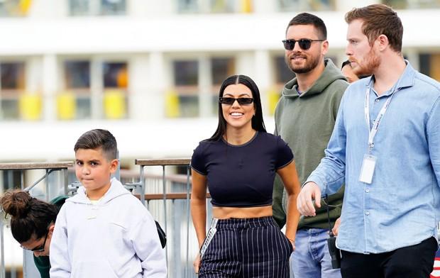 Kourtney Kardashian, Scott Disick, Mason, Penelope, Reigh Disick. (Foto: Grosby Group)