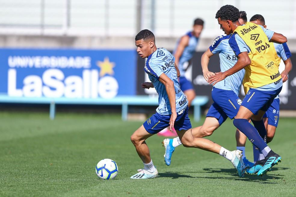 Aos 20 anos, Patrick ainda tenta se firmar no Grêmio — Foto: Lucas Uebel / Grêmio FBPA