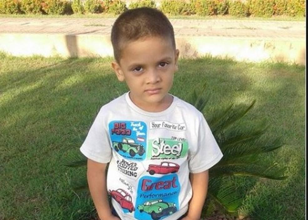 Rhuan Maicon foi encontrado esquartejado dentro de mala em rua do DF — Foto: Arquivo da família