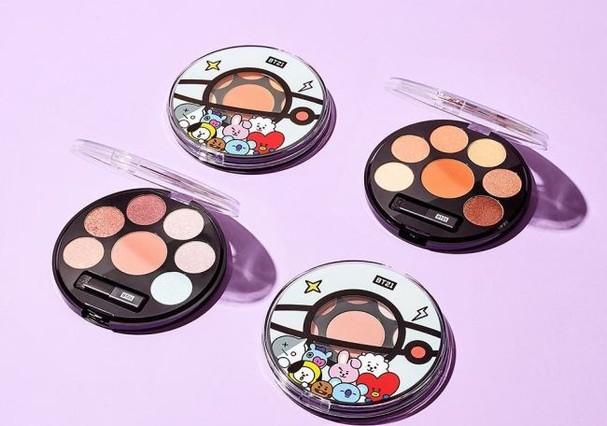 Grupo de k-pop lança coleção fofíssima de maquiagem (Foto: Reprodução/Instagram)