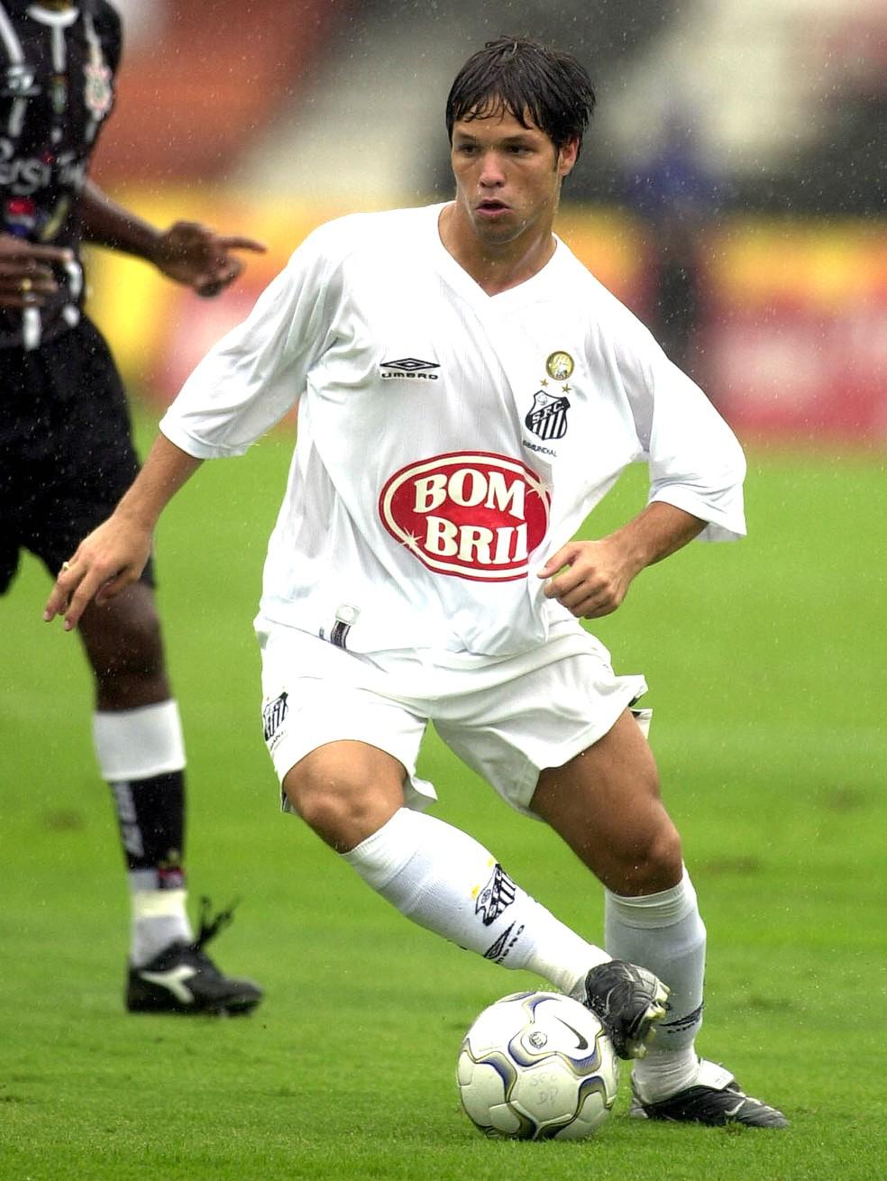 Diego foi um dos destaques da geração de Meninos da Vila campeã brasileira de 2002 (Foto: Jonne Roriz / Estadão Conteúdo )