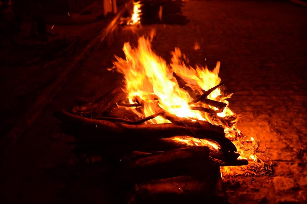 Fogueiras e fogos de artifício são proibidos em cidades da BA após recomendação do MP-BA — Foto: Divulgação
