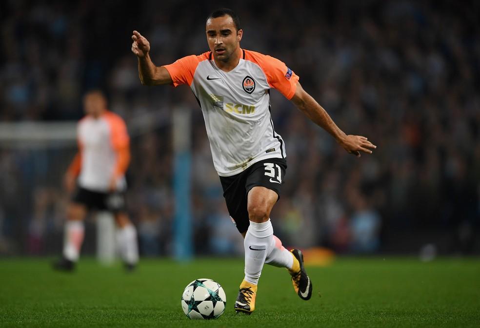 Ismaily foi convocado pela primeira vez por Tite (Foto: Getty Images)