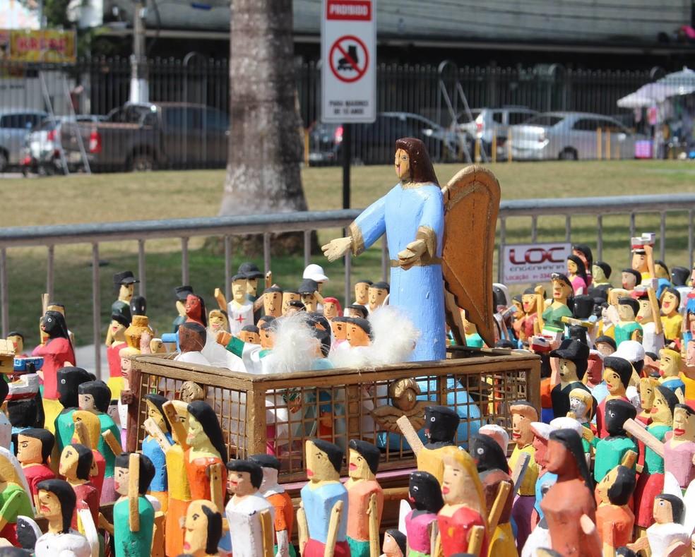 10 mil peças de miriti ficarão posicionadas na Praça Santuário de Nazaré até o dia 06 de outubro (Foto: Karol Coelho - ASCOM Basílica Santuário de Nazaré)