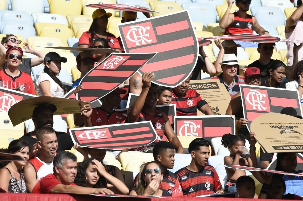 Torcida do Flamengo deve encarar forte calor no Maracanã — Foto: André Durão