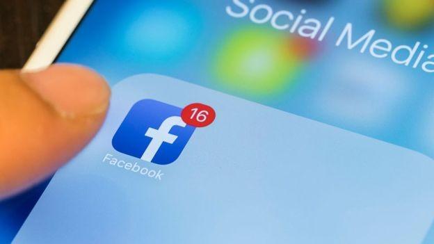 O Facebook também usa seu número para fins publicitários  (Foto: Getty Images/via BBC News Brasil)