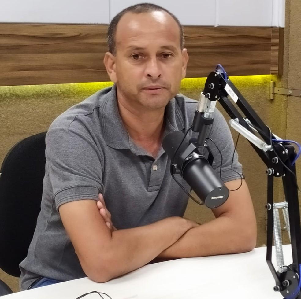 Jaelson Marcelino vai ter à disposição os reforços para partida do Campinense contra o ASA — Foto: Silas Batista / GloboEsporte.com