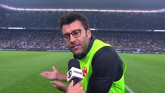 """Alberto Valentim é expulso contra o Corinthians e se irrita com árbitro: """"Ele tem bronca de mim"""""""