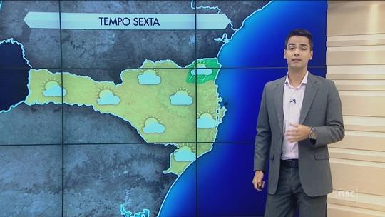 Semana termina com sol e calor de até 30°C em Santa Catarina
