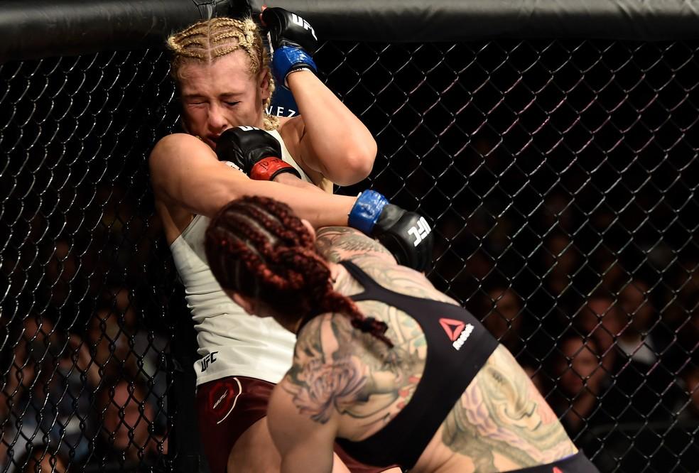 Cris Cyborg nocauteou Yana Kunitskaya no primeiro round no UFC 222 (Foto: Jeff Bottari/Zuffa LLC / Getty Images)