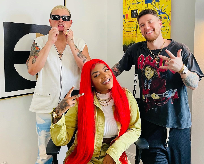 Ludmilla faz conexões com Akon e o grupo colombiano Piso 21