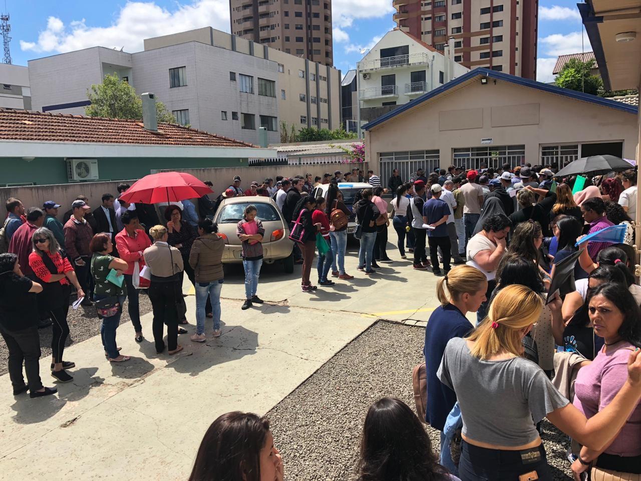 Empresa recruta trabalhadores para 70 vagas temporárias, em Guarapuava - Notícias - Plantão Diário