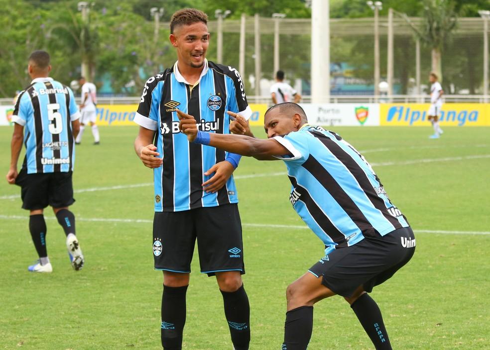 """Léo Chu marca contra o Vasco e faz a """"flecha"""" — Foto: Rodrigo Fatturi / Grêmio, DVG"""
