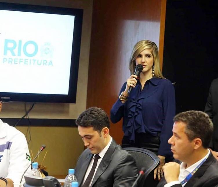 Inni Vargas, jornalista, deixou a equipe de comunicação de Crivella