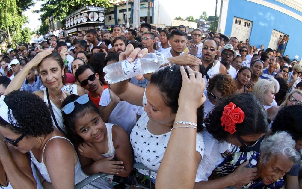 Cortejo de Águas de Oxalá é realizado em Olinda — Foto: Marlon Costa/Pernambuco Press