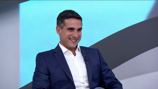 Galvão Bueno apresenta novo narrador do Grupo Globo: Gustavo Villani
